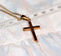 Comment choisir le bon bijou de baptême ?